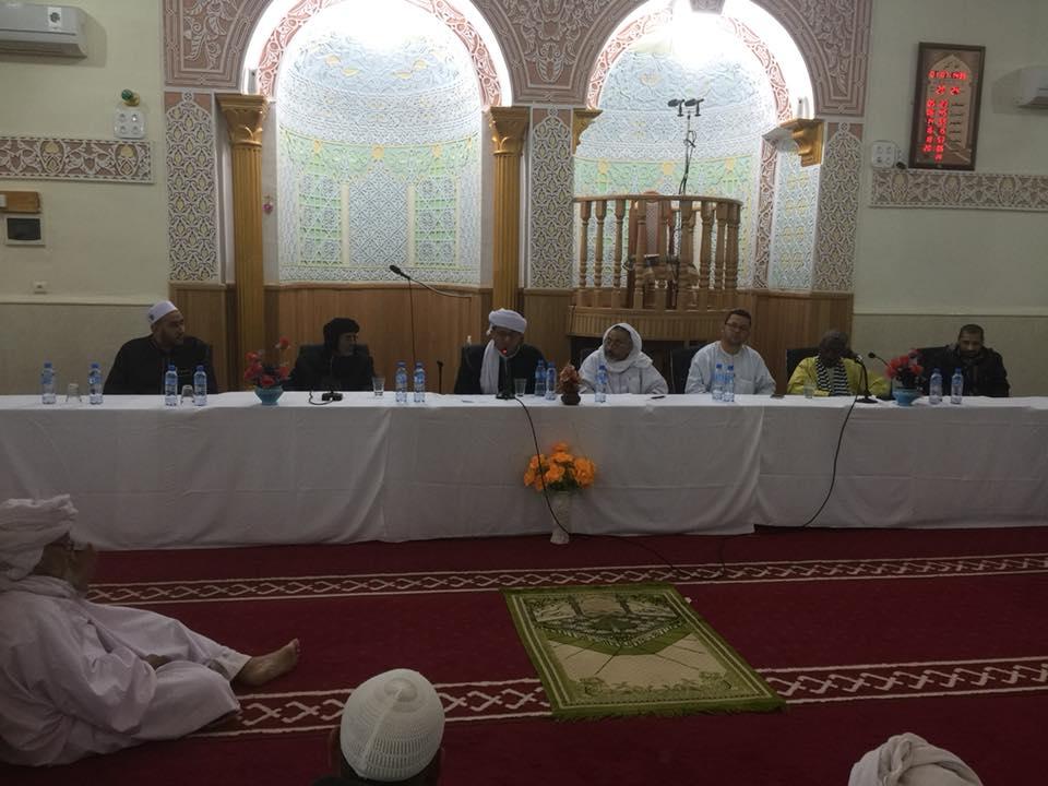استضافة بعض المشائخ والعلماء الذين وفدوا الى الملتقى في مسجد سيدي محمد المغراوي