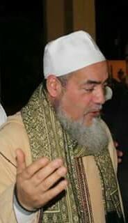 وصول مجموعة أخرى من ضيوف الملتقى يتقدمهم الشيخ شمس الدين .